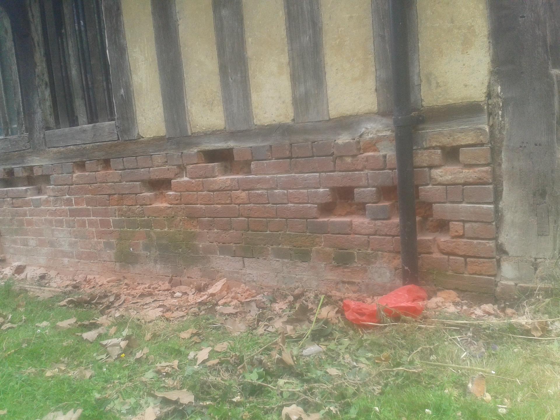 Damaged brickwork & perished lime mortar