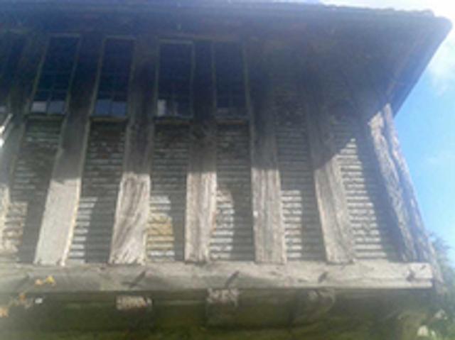 Render taken off to damaged lath panels